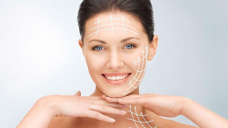 Ở các thẩm mỹ viện thường cấy chỉ kim cương Selina giúp tái tạo và phục hồi da