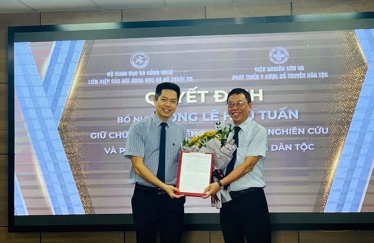 Bác sĩ Lê Hữu Tuấn được bổ nhiệm nhiều chức vụ quan trọng