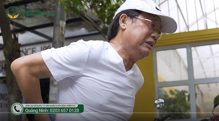 nghệ sĩ Phú Thăng bị những cơn đau lưng hành hạ