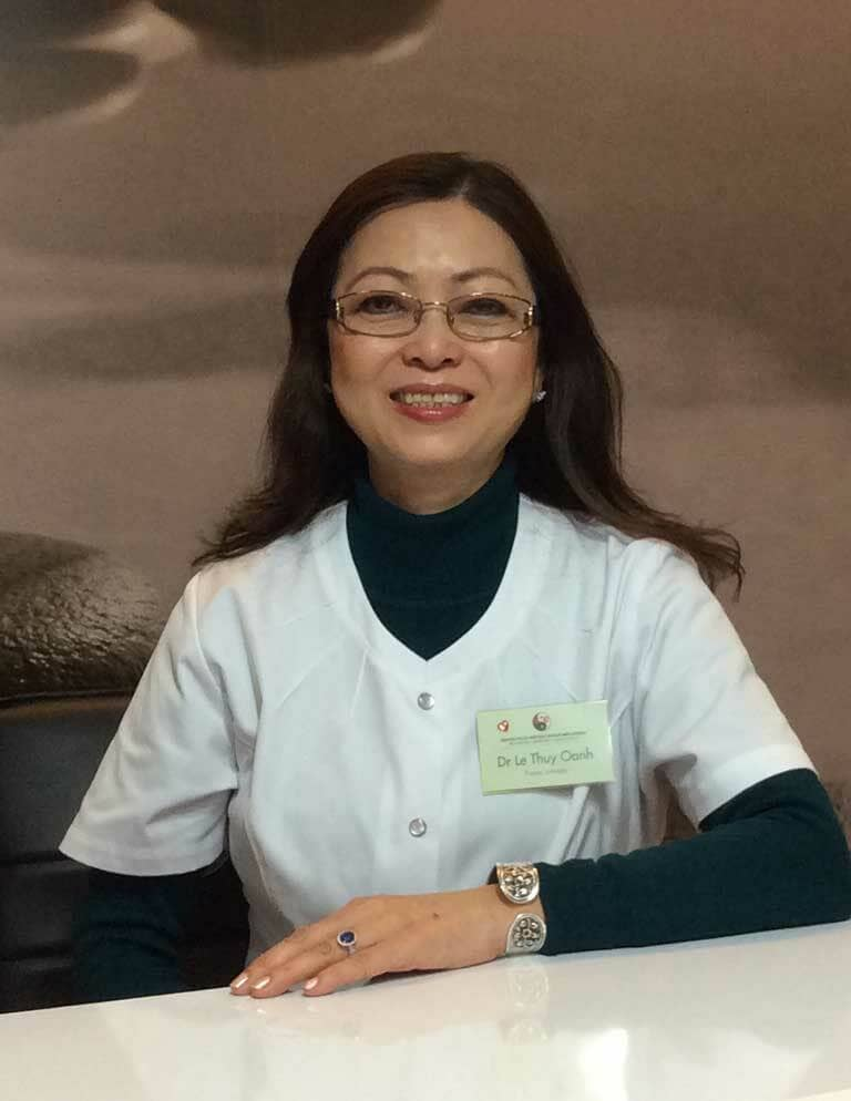Chân dung bác sĩ Lê Thúy Oanh