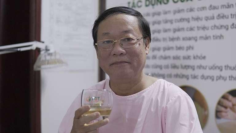 Nghệ sĩ Phú Thăng tin tưởng lựa chọn và có kết quả phục hồi tốt sau khi cấy chỉ tại Trung tâm
