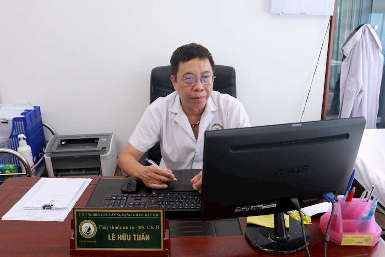 Chân dung Thầy thuốc ưu tú, Bác sĩ CKII Lê Hữu Tuấn
