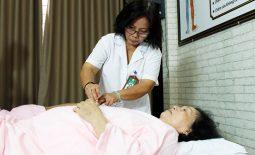 Bác sĩ Doãn Hồng Phương luôn tìm cách đổi mới để đưa đến cho bệnh nhân những liệu pháp điều trị tốt nhất