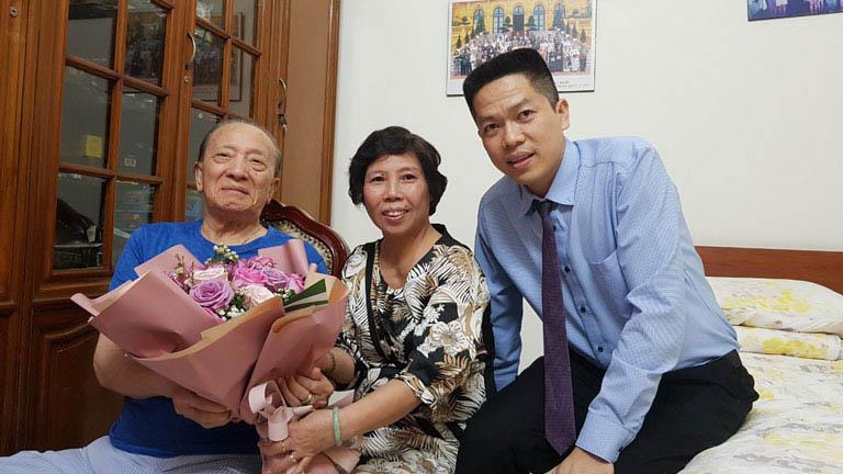 Bác sĩ Doãn Hồng Phương chính là học trò xuất sắc của Giáo sư Tài Thu